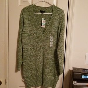 Women's Style&Co NWT Vneck sweater